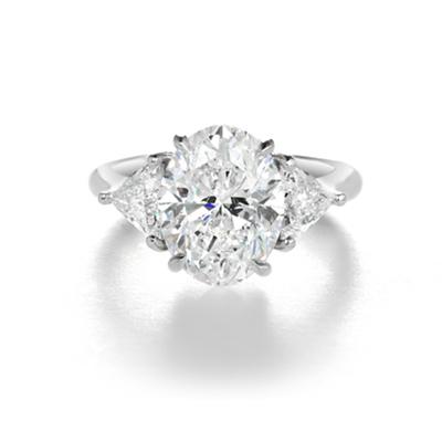 engagement ring jewellery designer