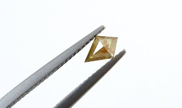 Brown kite diamond