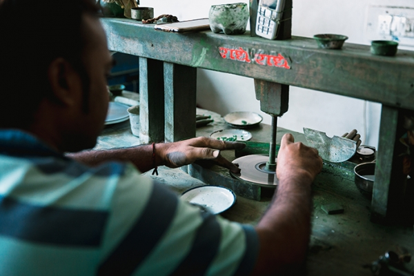 Emerald cutting and polishing