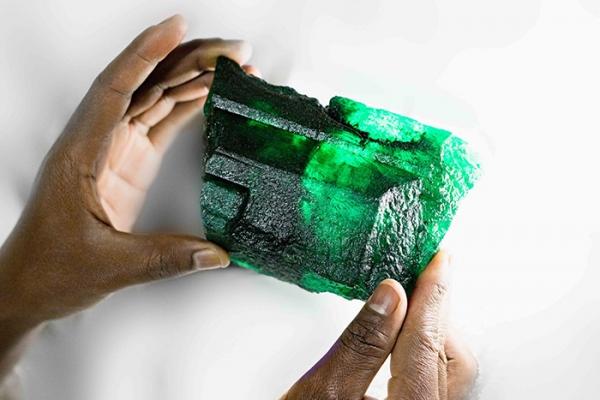 Inkalamu emerald