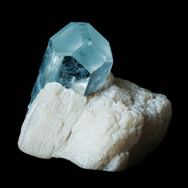 Hexagonal aquamarine