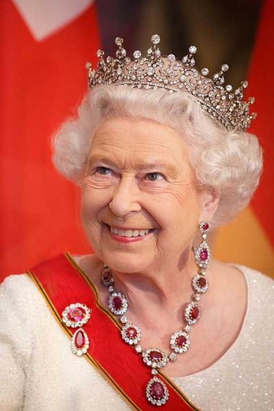 Queen Elizabeth ruby necklace