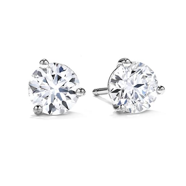 Solitaire diamond studs