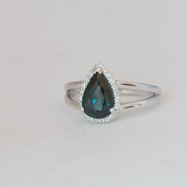 Pear cut peacock sapphire ring design